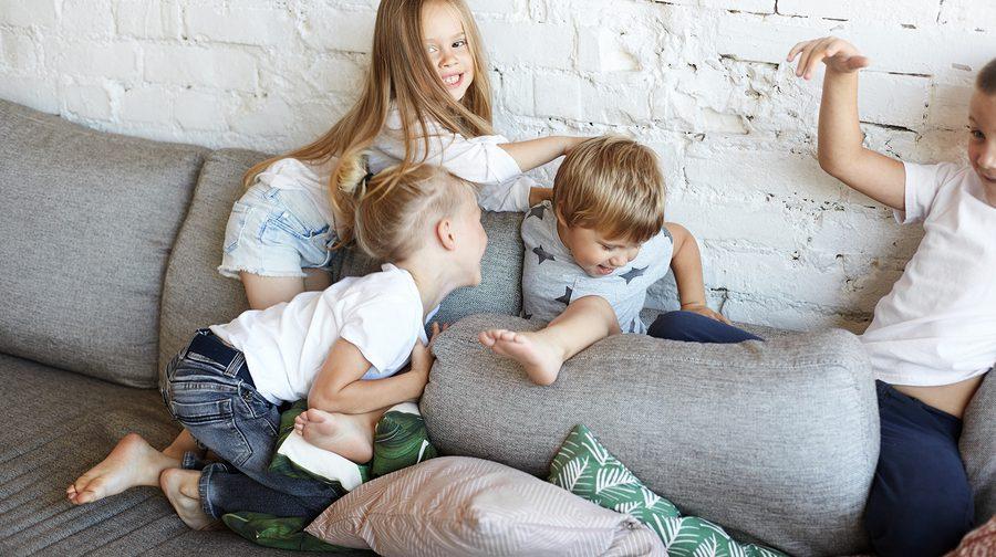 Vollzeit-Oma bittet: Nicht noch mehr Kinder. Foto: Bigstock